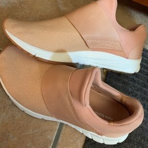 New Balance Women's Slip On Stylish Sneakers!!